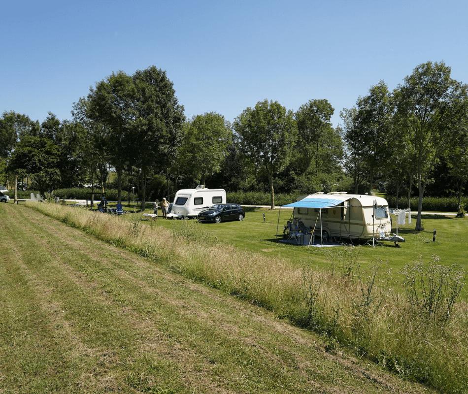 kamperen-caravan-tent-vouwwagen-camping-zeestrand-camping-aan-zee-groningen-dollard-04