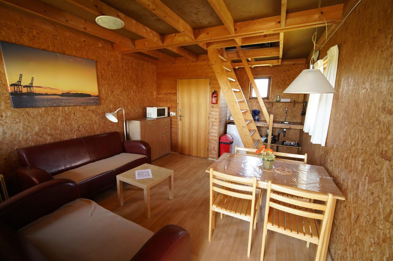 verhuur-kampeerhut-trekkershut-camping-aan-zee-groningen-XL-01